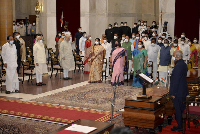 Le premier ministre indien Narendra Modi présente son nouvel exécutif, le 7 juillet 2021 à New Delhi.