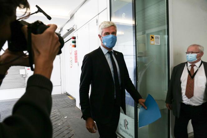 Le président(LR)de la régionAuvergne-Rhône-Alpes, LaurentWauquiez, à son arrivée pour la réunion du bureau politique de son parti, à Paris, le 6 juillet.