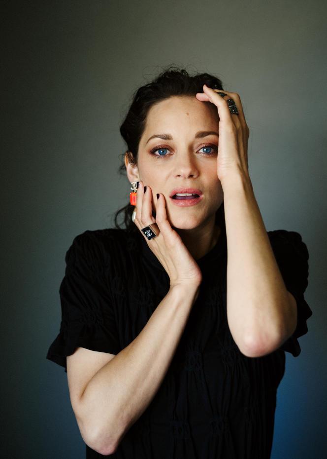 Marion Cotillard, le 6 juillet 2021, au Palais des festivals à Cannes.
