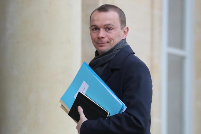 Le ministre délégué chargé des comptes publics, Olivier Dussopt, sur le perron de l'Elysée, le 15 janvier 2020.