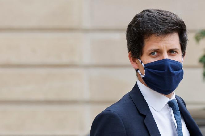 Le ministre français de l'Agriculture, Julien Denormandie, après un conseil des ministres au palais présidentiel de l'Elysée, à Paris, le 23 juin 2021.