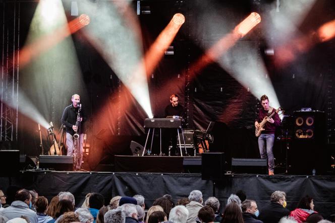 Le trio Fleuves, le 9 juillet au festival Kann al Loar de Landerneau (Finistère).