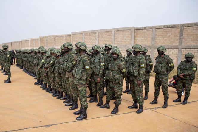 Envoi de 1000 soldats rwandais par Kigali au Mozambique, le 10 juillet 2021.