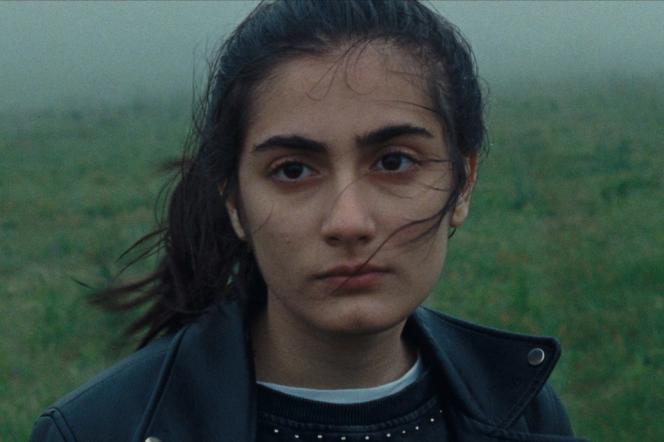 Chiara (Swamy Rotolo) dans« A Chiara», deJonas Carpignano.