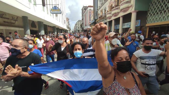 Manifestantes en las calles de San Antonio de los Baños el domingo 21 de julio de 2021.