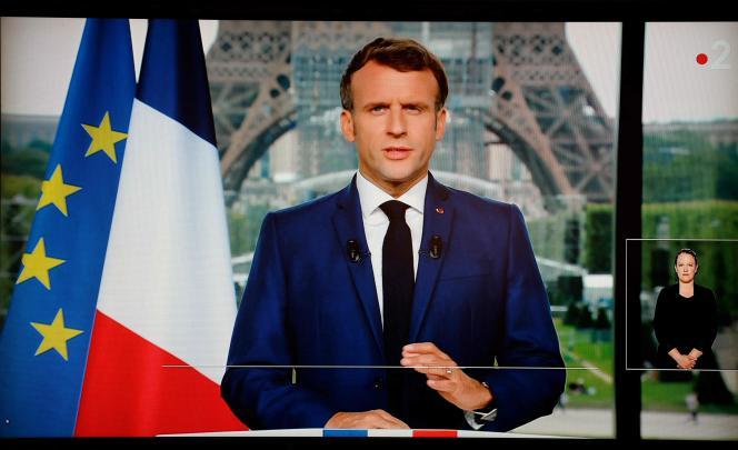Emmanuel Macron, lundi 12 juillet 2021, lors de son allocution télévisée.