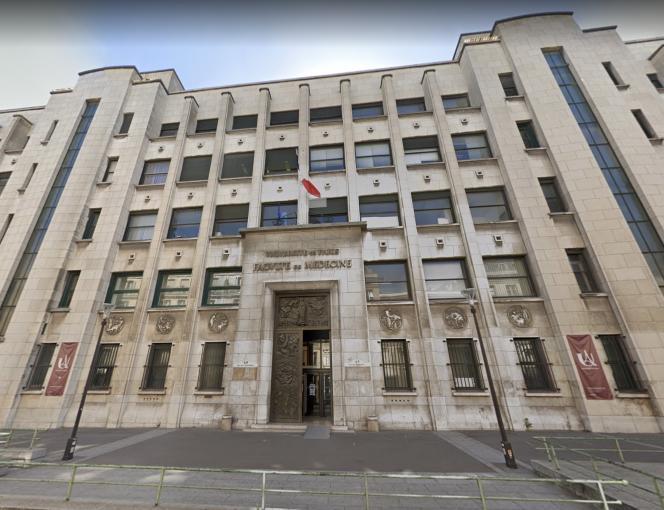 Schermata del Centre du don des corps (CDC) in Rue Saint-Pierre, Parigi, scattata il 13 luglio 2021.