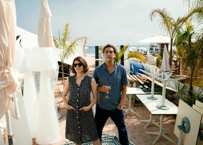 Maureen Fazendeiro e Miguel Gomez, 11 de julho de 2021, na praia de duas semanas para diretores, em Cannes.