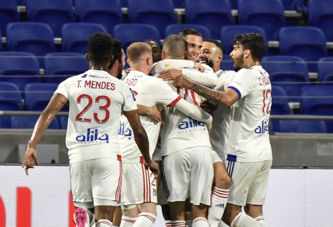 Lyon striker Islam Slimani during the Ligue 1 match between Olympique Lyonnais and LOSC at the Groupama Stadium in Dacines-Charpie on April 25, 2021.