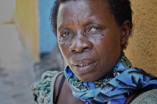 Joséphine Dusabimana, tenancière de bar dans la ville de Kibuye, sur le lac Kivu, qui a sauvé plusieurs Tutsis.