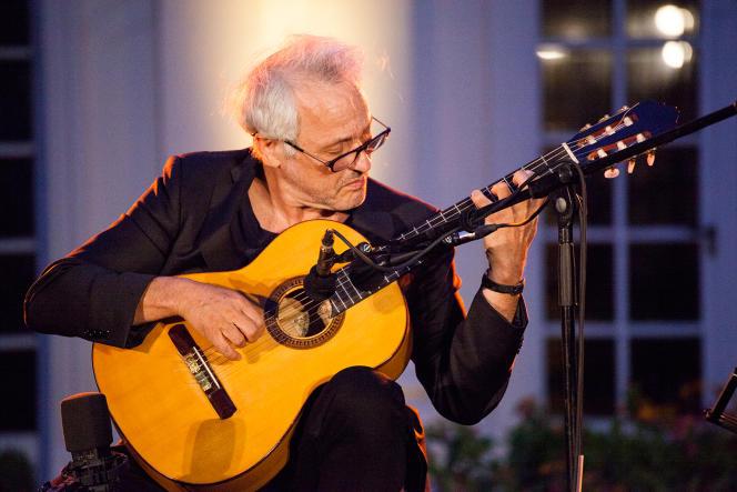 Marc Ribot, en concert au Festival Marseille Jazz des cinq continents, le 13 juillet 2021.