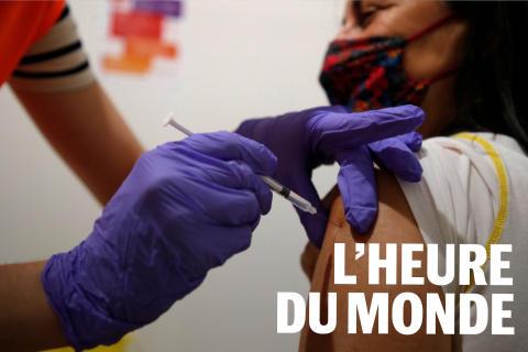 Pour contrer le variant Delta et la baisse du rythme de la vaccination Emmanuel Macron étend le passe sanitaire.