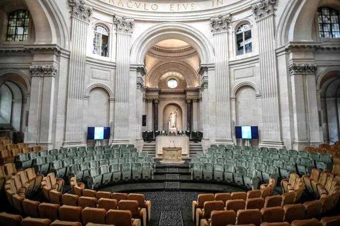 Le nouvel hémicycle des académiciens français à l'Institut de France, à Paris, le 8octobre 2020.