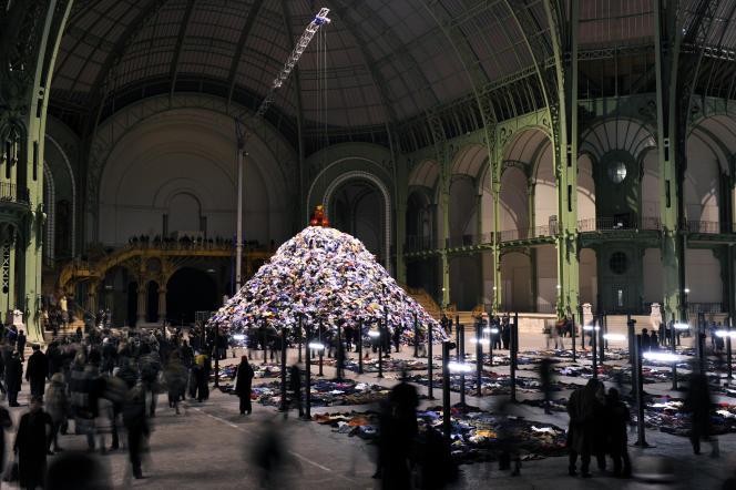 « Personnes» (2010), au Grand Palais, à Paris.