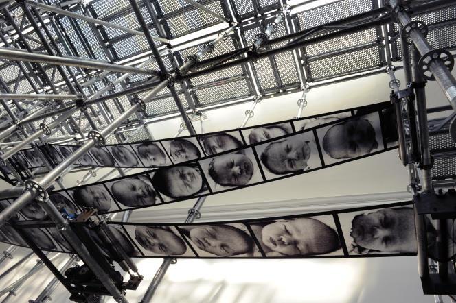 « La Roue de la chance», au Pavillon français de la Biennale de Venise, en 2011.