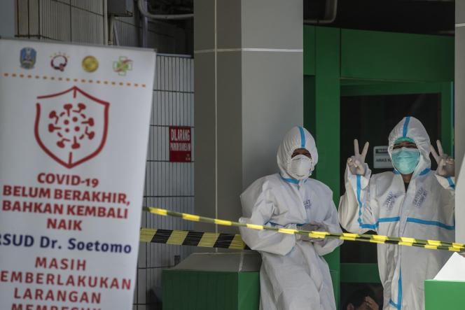 A Surabaya, en Indonésie, devenu l'épicentre de la pandémie en Asie, le 11 juillet 2021.