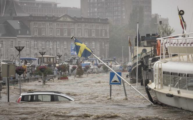 Inondations en bord de Meuse, à Liège, en Belgique, le 15 juillet 2021.