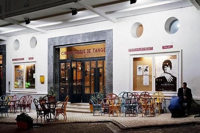 La cinémathèque de Tanger,place du Grand Socco, à la porte de la médina et de la ville moderne