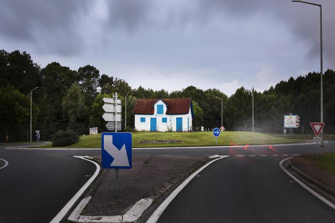 Rond-point de la Cabane-ostréicole, à Chaillevette (Charente-Maritime), le 7 juillet 2021.
