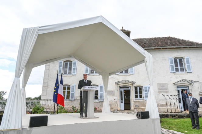 Le premier ministre, Jean Castex, à Izieu (Ain), le 16 juillet 2021.