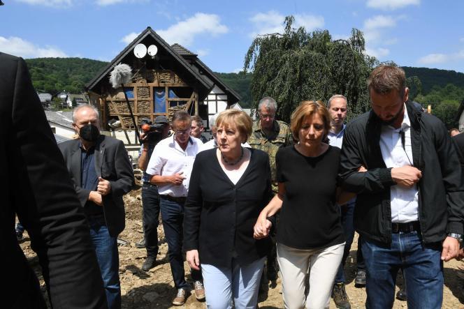 Angela Merkel à Bad Neuenahr-Ahrweiler, en Rhénanie-Palatinat, le 18juillet 2021.