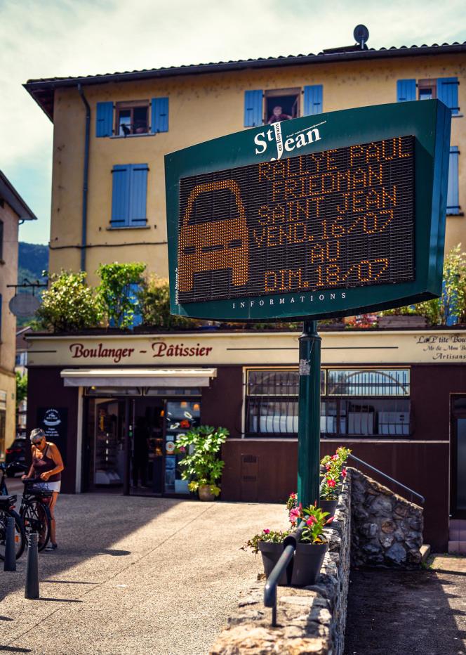 A Saint-Jean-en-Royans, le point de départ du Rallye de la Drôme, quinze jours avant l'événement.