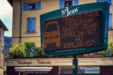 15 jours avant l'événement, seul l'affichage municipal de Saint-Jean-en-Royans communiquait sur le rallye