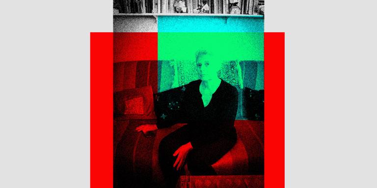 France, Ivry-sur-Seine, 13 July 2021 Portrait of Claude Mangin, at home.  France, Ivry-sur-Seine, 13 juillet 2021 Portrait de Claude Mangin, chez elle.  Guillaume Herbaut / Agence VU