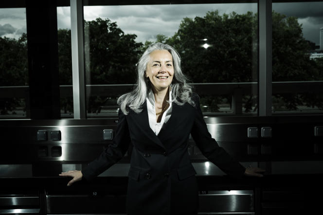 Emmanuelle Dechelette, sommelière en huile d'olive, à l'Institut du Cordon Bleu, à Paris, le 18 mai 2021.