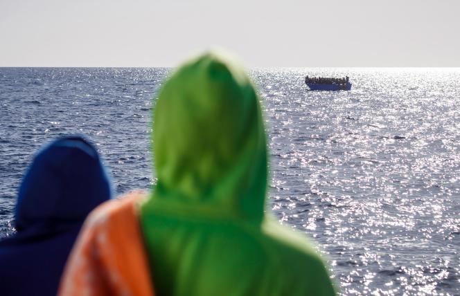 Partie de Dakhla, sur la côte du Sahara occidental, le 12juin, la pirogue dans laquelle Yamila voyageait aurait dû arriver cinq ou six jours plus tard aux Canaries si elle ne s'était pas perdue dans l'océan. Comme tant d'autres bateaux.
