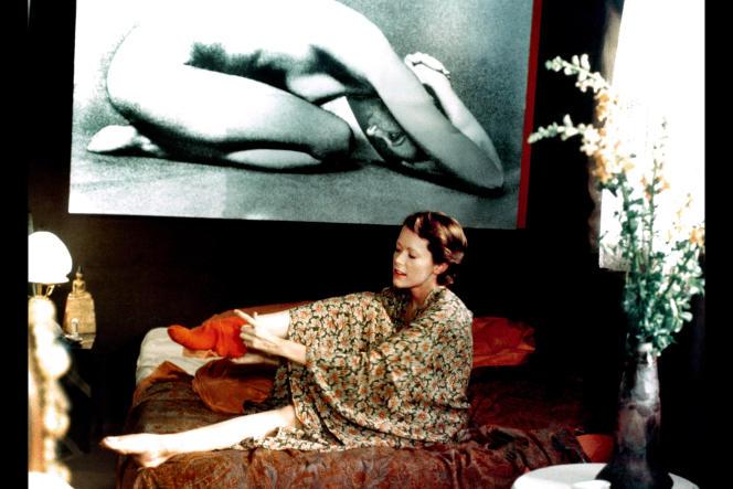 Extrait du film« Emmanuelle» (1974), deJust Jaeckin.