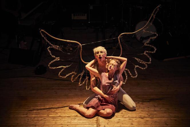 «Psyché», de Molière, adapté et dirigé par Julien Romelard (Nouveau Théâtre Populaire), au Festival d'Avignon 2021.