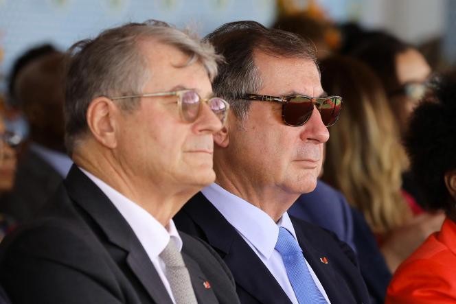 Olivier (à gauche) et Martin Bouygues, à Abidjan, en Côte d'Ivoire, le 16 mars 2018.