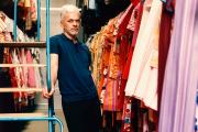 Pierre Canitrot, à La Compagnie du costume, un loueur de Saint-Ouen, en Seine-Saint-Denis, le 17 juin 2021.