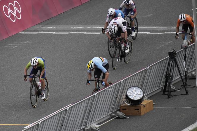 La médaille d'argent s'est jouée à la photo-finish : Wout van Aert s'est adjugé la deuxième place devant Tadej Pogacar.