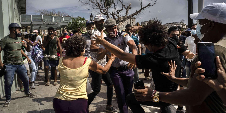 Après les manifestations, la peur à Cuba, « pays de douleur »