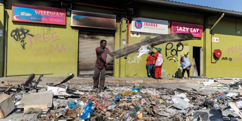 Après la vague de pillages, l'Afrique du Sud à l'heure des comptes
