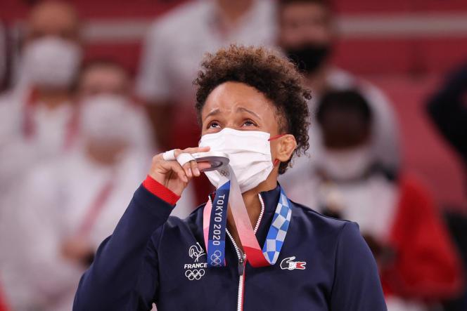 Amandine Buchard, médaillée d'argent en – 52 kilos, l'a dit : elle doit tout à son père, mort quand elle était adolescente.