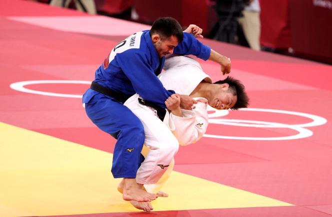 Hifumi Abe face à Vazha Margvelashvili lors de la finale de la catégorie – 66 kg.