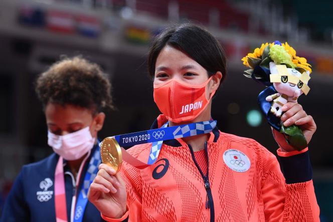 Uta Abe a remporté l'or face à la Française Amandine Buchard.