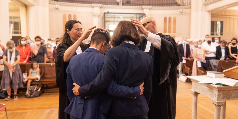 L'Eglise protestante bénit le premier mariage de pasteures lesbiennes