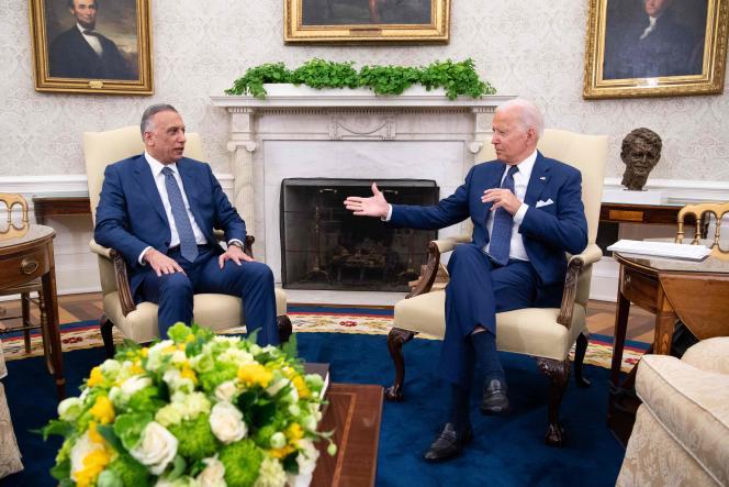 Le président des Etats-Unis, Joe Biden (à droite), et le premier ministre irakien, Mustafa Al-Kadhimi, se sont rencontrés à la Maison Blanche, le 26 juillet.