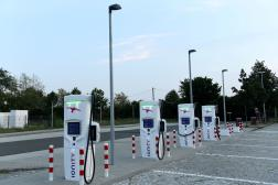 Une station de recharge pour véhicules électriques Ionity à Dresde, en Allemagne, le 27août 2019.