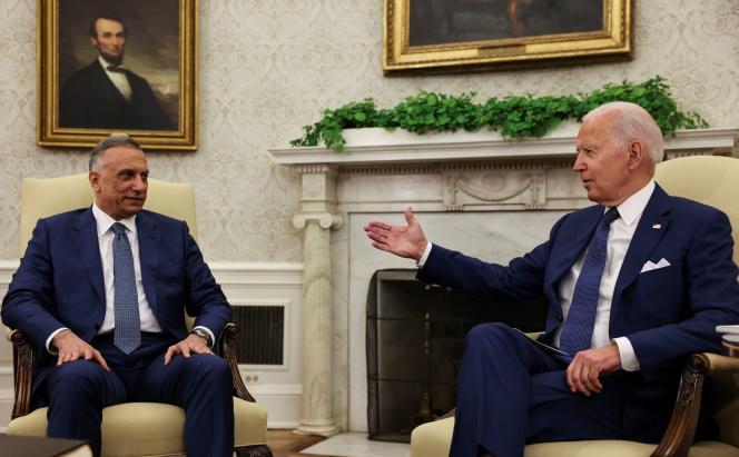 De Iraakse premier Mustafa al-Kadhimi en de Amerikaanse president Joe Biden in het Oval Office van het Witte Huis in Washington op 26 juli 2021.