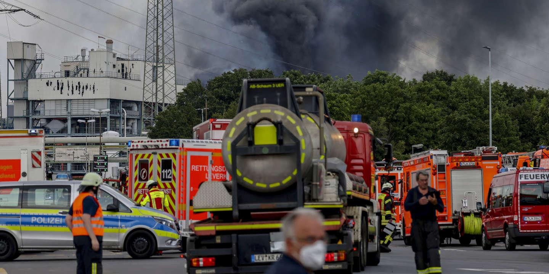 A Leverkusen, en Allemagne, un lourd bilan humain, des conséquences encore incertaines pour l'environnement