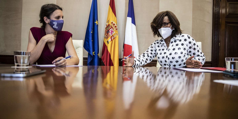 Lutte contre les violences faites aux femmes : à Madrid, Elisabeth Moreno veut s'inspirer de l'exemple espagnol pour « accélérer le processus »