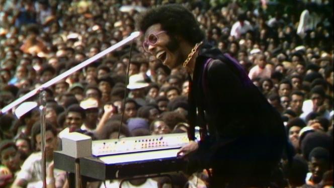 Sly Stone en concert auHarlem cultural festival, en 1969.