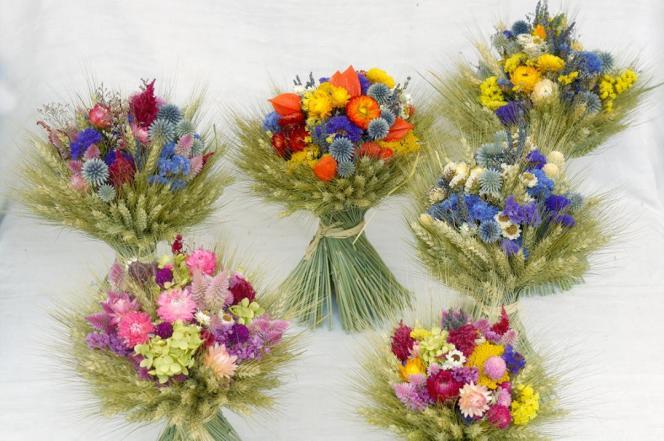 Bouquets séchés, récoltés et composés parJosie Riffaud.