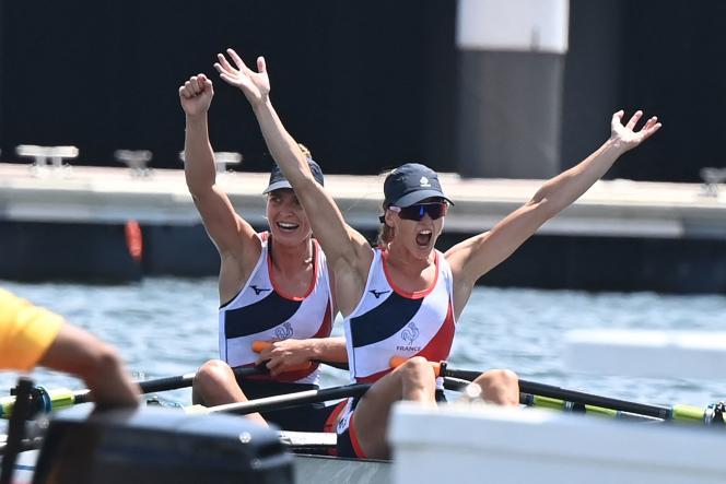 Laura Tarantola et Claire Bové ont décroché, jeudi 29 juillet, la médaille d'argent du deux de couple, poids légers.