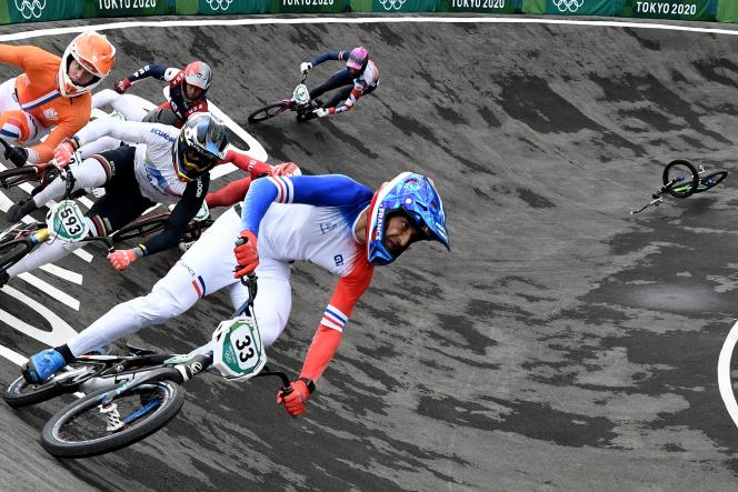 Joris Daudet, lors des demi-finales de BMX, vendredi 30 juillet à Tokyo.